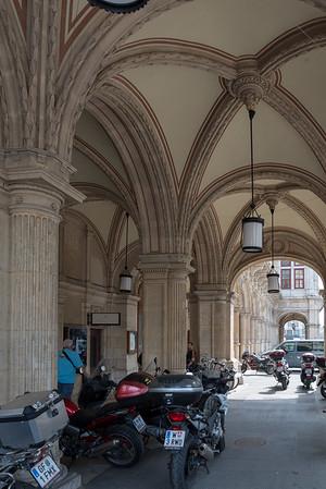 Vienna - Archways and bikes, Vienna State Opera House