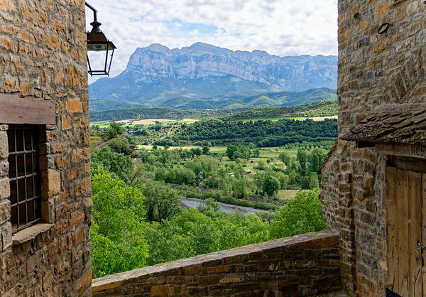 Aínsa-Sobrarbe, Aragón, Spain