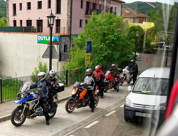 Escalona Aragon Spain – one herd waiting for another