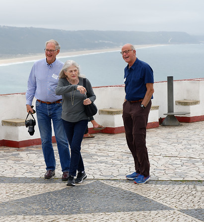 Nazaré Portugal - Robbin, Alice and John deal with the wind