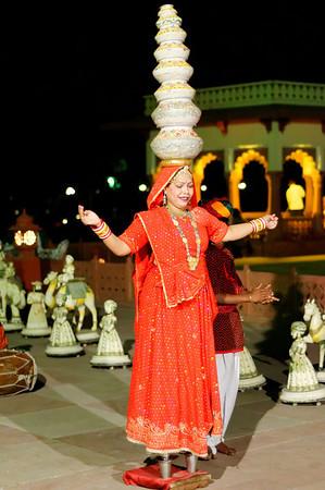 Balancing act, Jai Mahal Palace Hotel, Jaipur