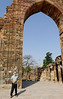 Richard, Qutub Minar complex, arches built without Roman keystone (not as stable), Delhi