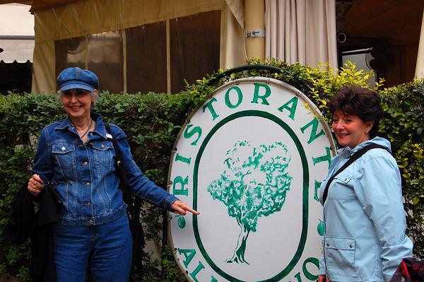Judy & Linda Lucca, Italy