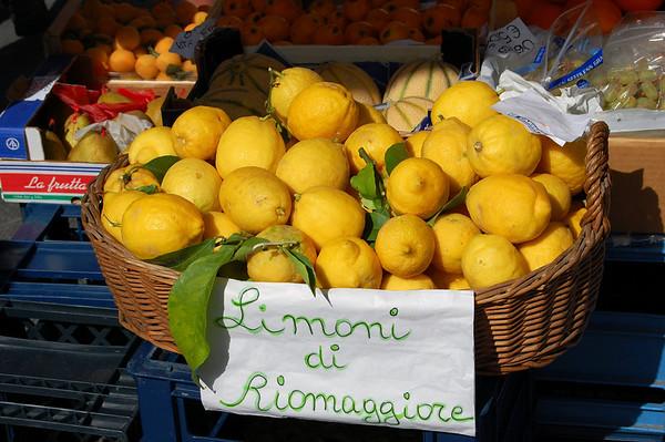 More lemons Riomaggiore, Italy