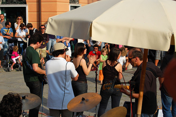 Band and singers, Sestri Levante, Italy