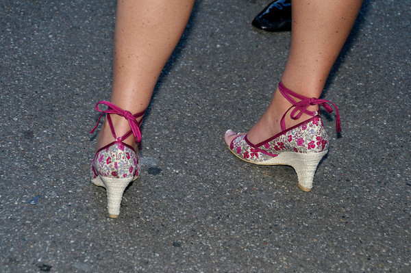 Cindy shows that Americans know stylish footwear too