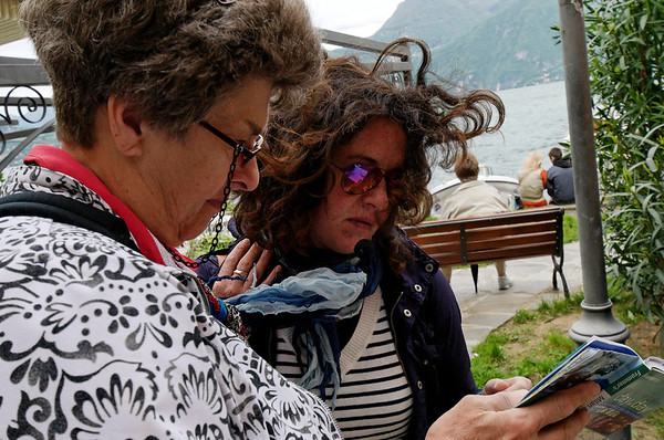 Suzanne and Giuse working out the details, Varenna