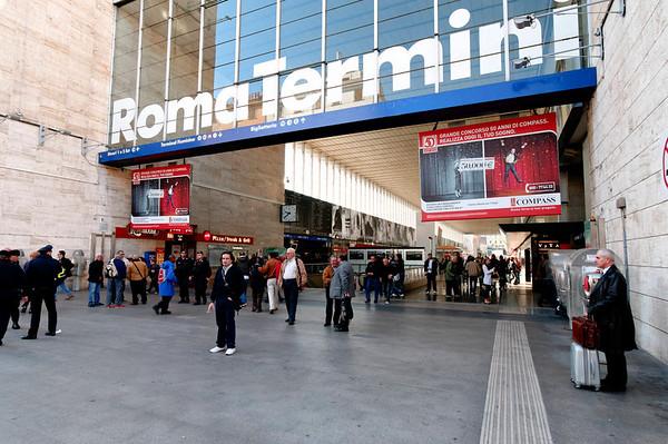 Roma Terminal entrance_DSC8331