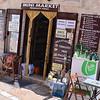 Ostuni, mini-market