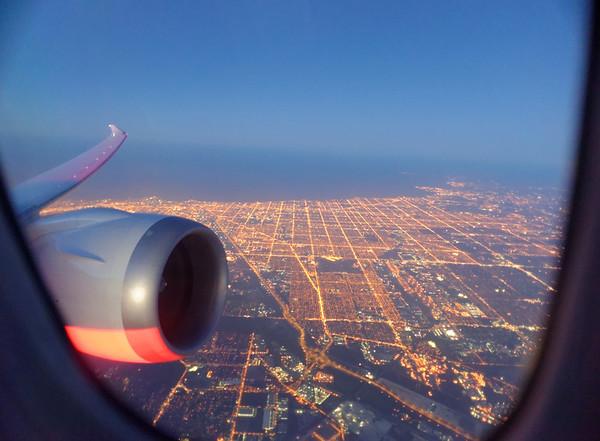 Chicago to Houston on Boeing 787 Dreamliner, Chicago below