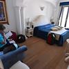 Polignano a Mare, Covo dei Saraceni, room before Richard trashes it