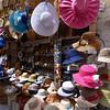 Bari, hats