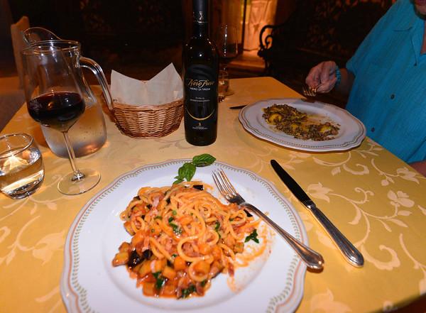 Le Querce di Mamre Agriturismo:  pasta carbonara Apulian-style with eggplant - excellent wine