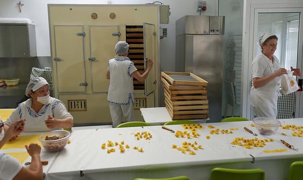 Valeggio; pasta going in the drying oven