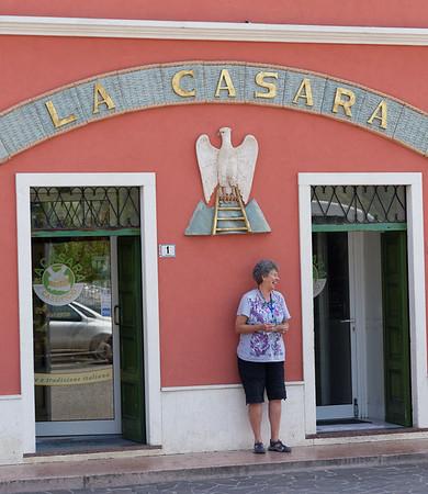 Ronca, La Casara; Suzanne shares a laugh