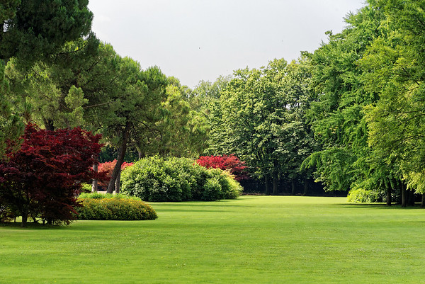 Valeggio, Parco Sigurta Giardino; great massing of shapes, green lawns - original homestead that the park is based on dates from 1417