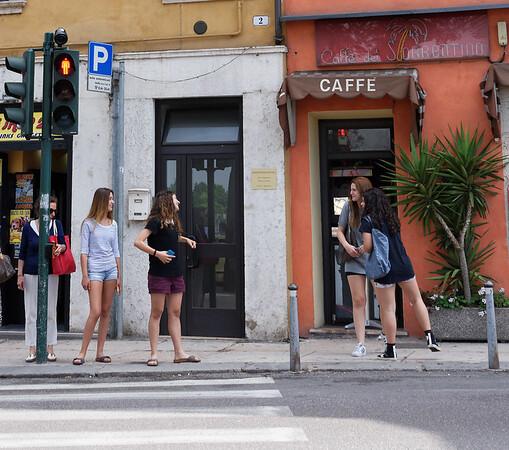 Verona: cute young girls