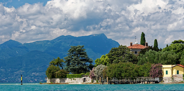 Sirmione; tip of peninsula and pre-Alps