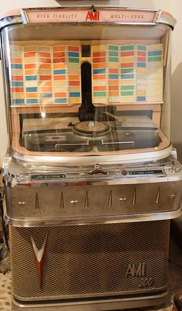 Marano, Azienda Agricola de Tarczal; an old jukebox, high fidelity and multi-horn