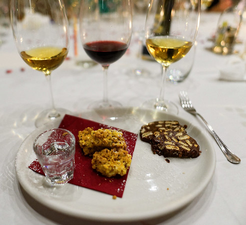 Selva Capuzza; lots of wine, dessert was the product of our own hands - crumble cake and chocolate salami with a bit of Grappa to finish it off
