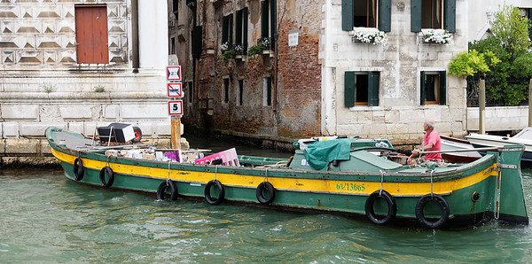 Venice; ealy morning deliveries