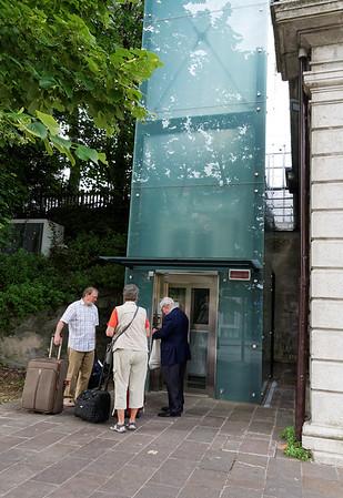 Desenzano; unique little glass-walled elevator to lift you to the binari (train tracks)