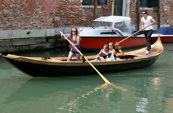 Venice; class for people who want to learn to be gondoliers