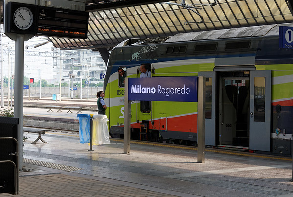 DAY 8:  Got tickets for the train from Voghera (7 miles from our agri) to Milan for Expo 2015) with a change in Milan Rogoredo