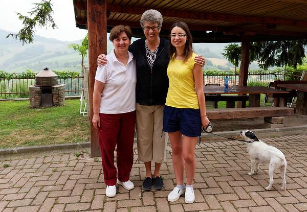 Mondo Antico; Giulaina and her daughter Leticia