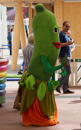 Expo Milano 2015:  We think it's a zucchini