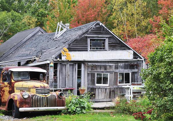 Fall scene along Maine's Hwy 1