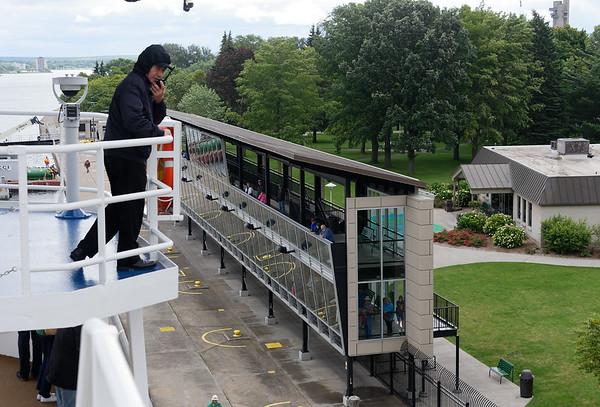 Sault Ste. Marie, Soo Locks, observation stands