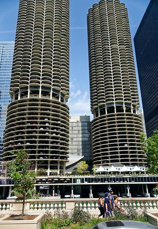 Chicago tour, Marina City