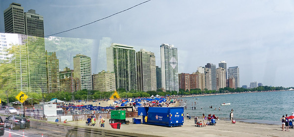 Chicago tour, Oak Street Beach