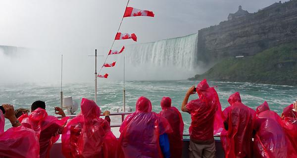 Niagara Falls, getting wet