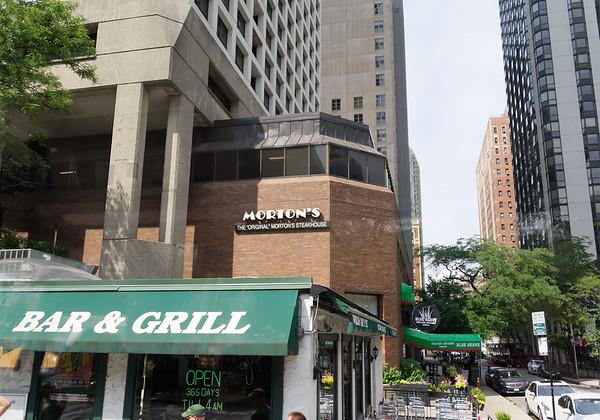 Chicago tour, Morton's original location