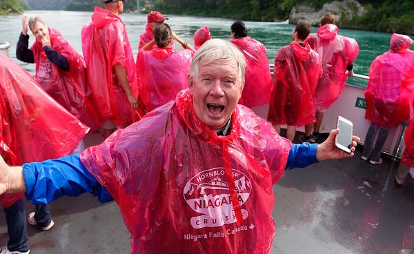 Niagara Falls, Etzel all wet