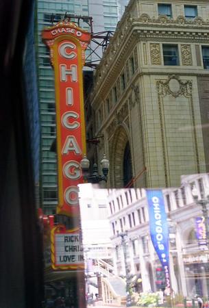 Chicago tour, The Chicago Theatre