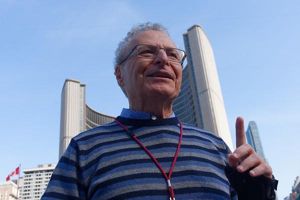 Toronto Ontario, Gary Mandel tour guide, relative of Howie