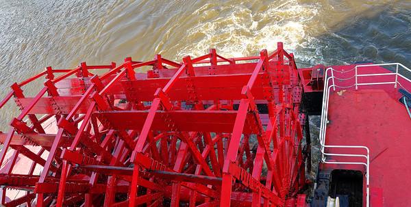 American Queen's stern paddlewheel