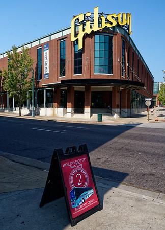 Memphis TN - hopon/off #2, Gibson guitar building