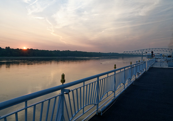 DAY 12:  Day on the Mississippi, sailing towards Memphis