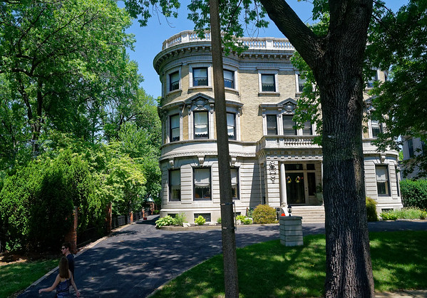 St. Louis MO - home bordering on Forest Park