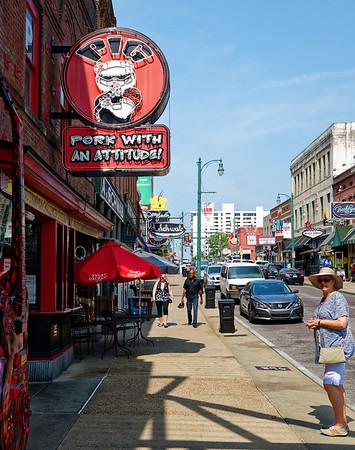 Memphis TN - sign along Beale St.