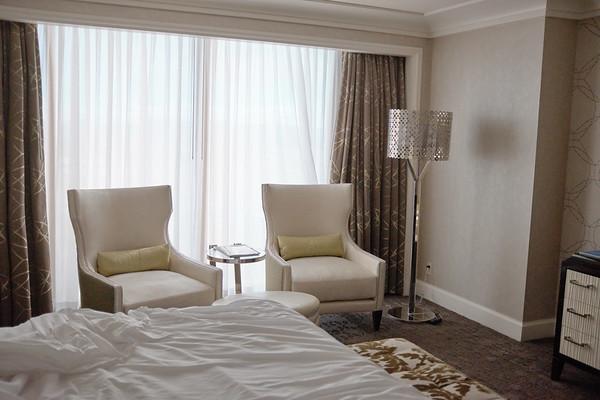 Four Seasons, bedroom