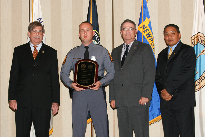 <b>IMG_43377</b><br>2006 Valor Award Recipient: Trooper Robert S. Bowers, Jr., Virginia State Police