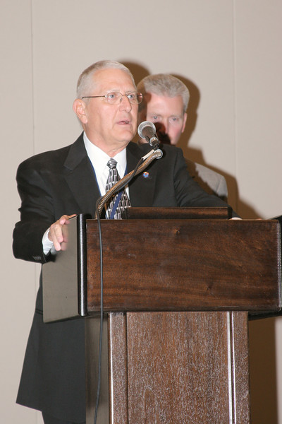 <b>IMG_70382</b><br>Mr. Lex Eckenrode, CEO of the Virginia Police Chiefs Foundation, was honored with the 2007 VACP President's Award from 2006-2007 President Chief Mike Yost (Williamsburg)