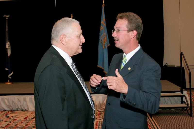 <b>IMG_70471</b><br>Chief Mark Marshall (Smithfield) congratulates 2007 VACP President's Award recipient, Mr. Lex Eckenrode