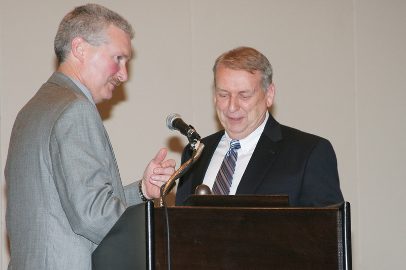 <b>IMG_70398</b><br>2006-2007 VACP President Chief Mike Yost (Williamsburg) passes the gavel to 2007-2008 President Chief Ray Lavinder (Roanoke County)