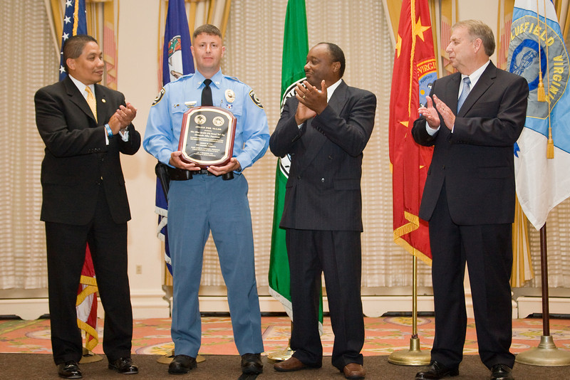 "<u>2008 VACP/VPCF Valor Award Recipient:</u> Police Officer Specialist Norwood ""Trea"" King, Chesapeake Police Department (others, l. to r.: The Honorable John Marshall, Secretary of Public Safety; Chesapeake Police Chief Kelvin Wright; and Roanoke Co. Police Chief Ray Lavinder, 2007-2008 VACP President.)"